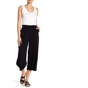 Good Luck Gem Black Cropped Capri Knit Pants